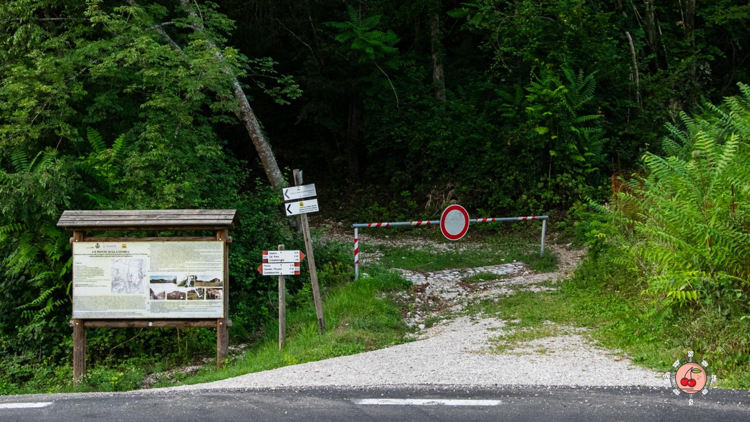 Inizio sentiero per l'Ossario Germanico sul Monte Pion