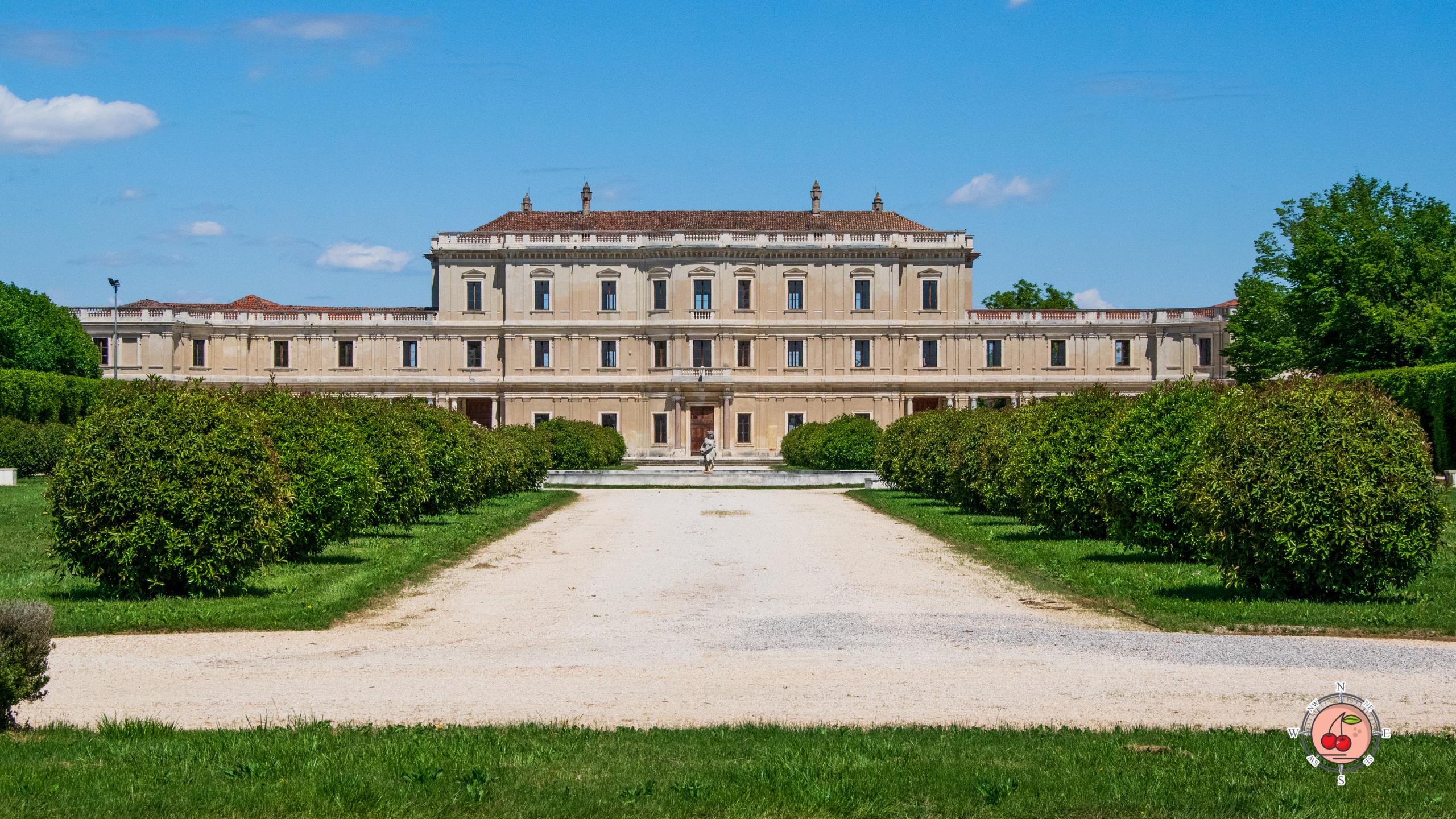 Esterno di Villa Farsetti