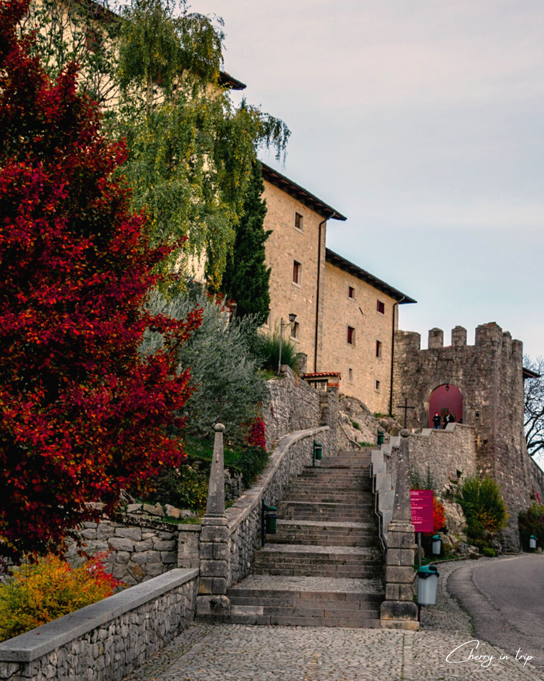 Ingresso Santuario di Castelmonte