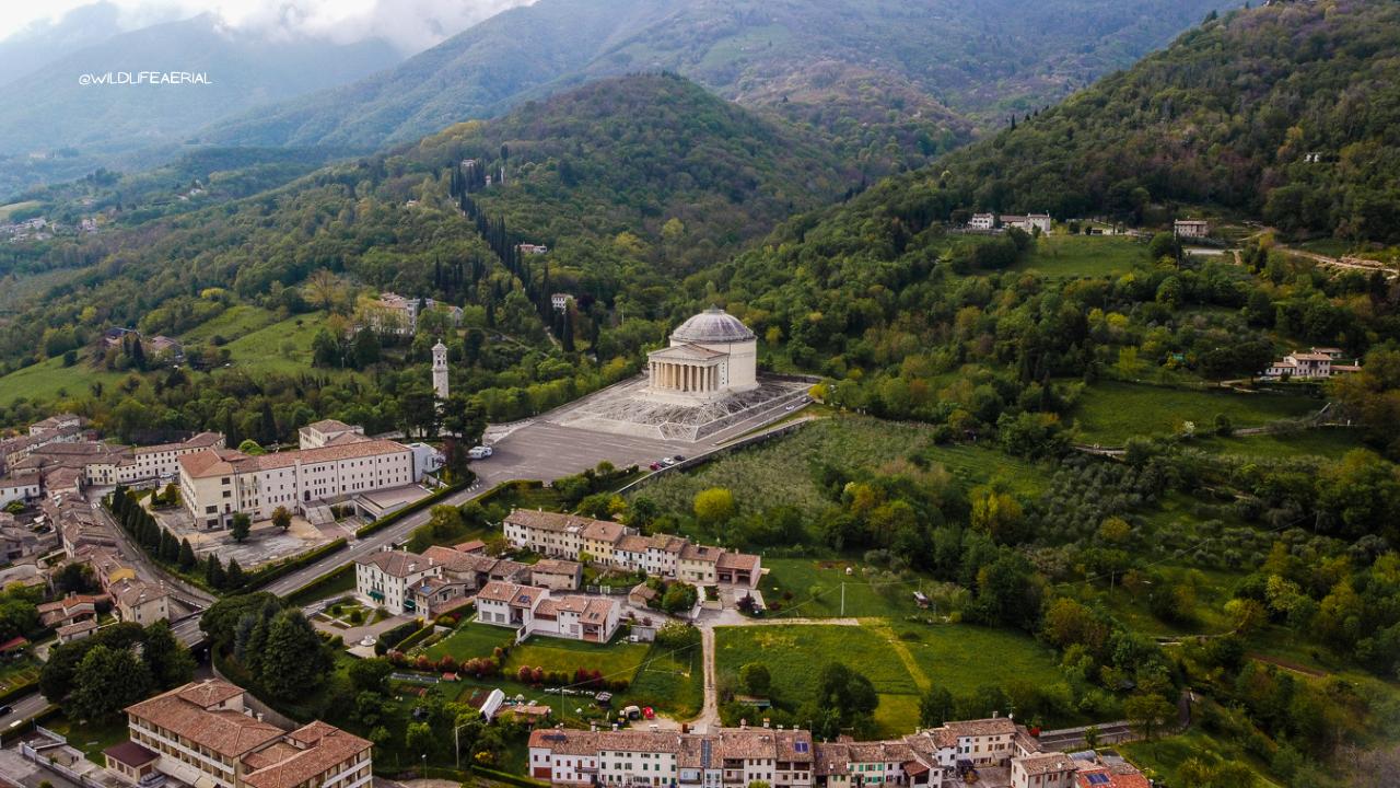 Tempio di Canova a Possagno visto dall'alto - Dji Mavic Mini - Wild Life Aerial
